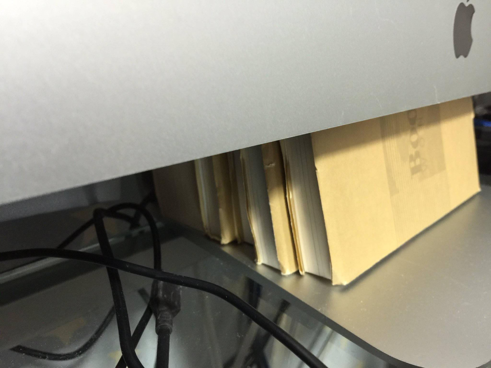 iMac Late 2012で本体左下から異音がする問題は仕様だった!